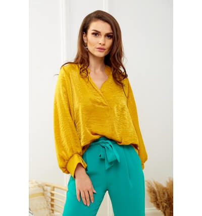 Pearl blouse mustard