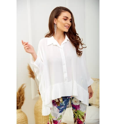 Blouse with pleats white